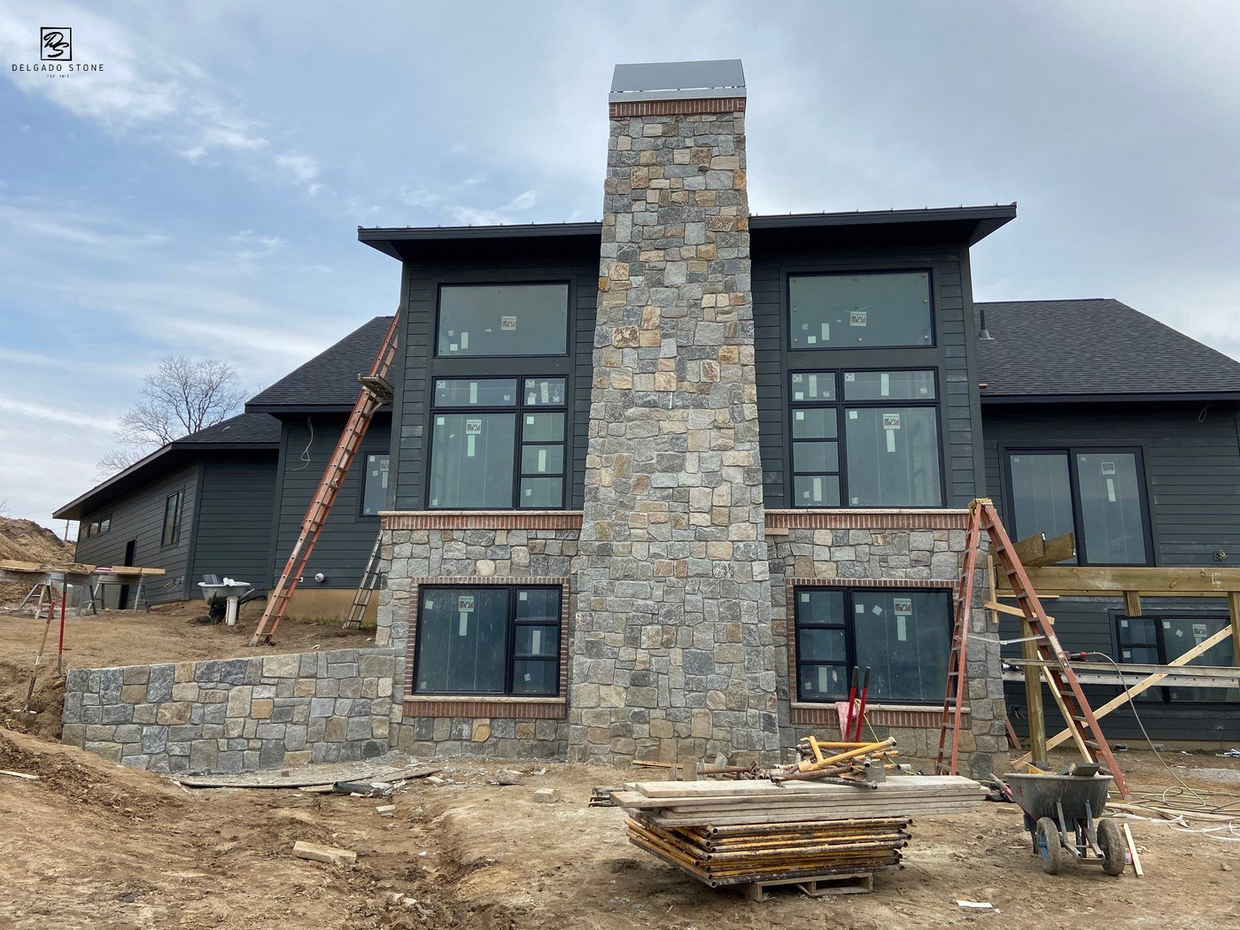 CT Blend natural stone chimney