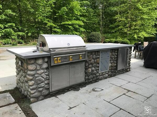 Natural Stone Rounds for outdoor kitchen.