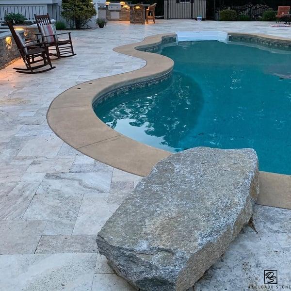 Natural Dive Rock and Pool