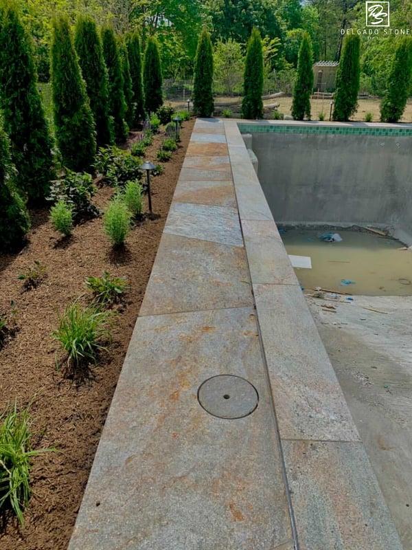 Colonial Tan Flagstone Pool Patio
