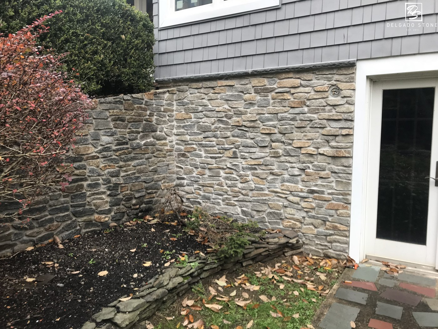 Montauk blend ledge stone