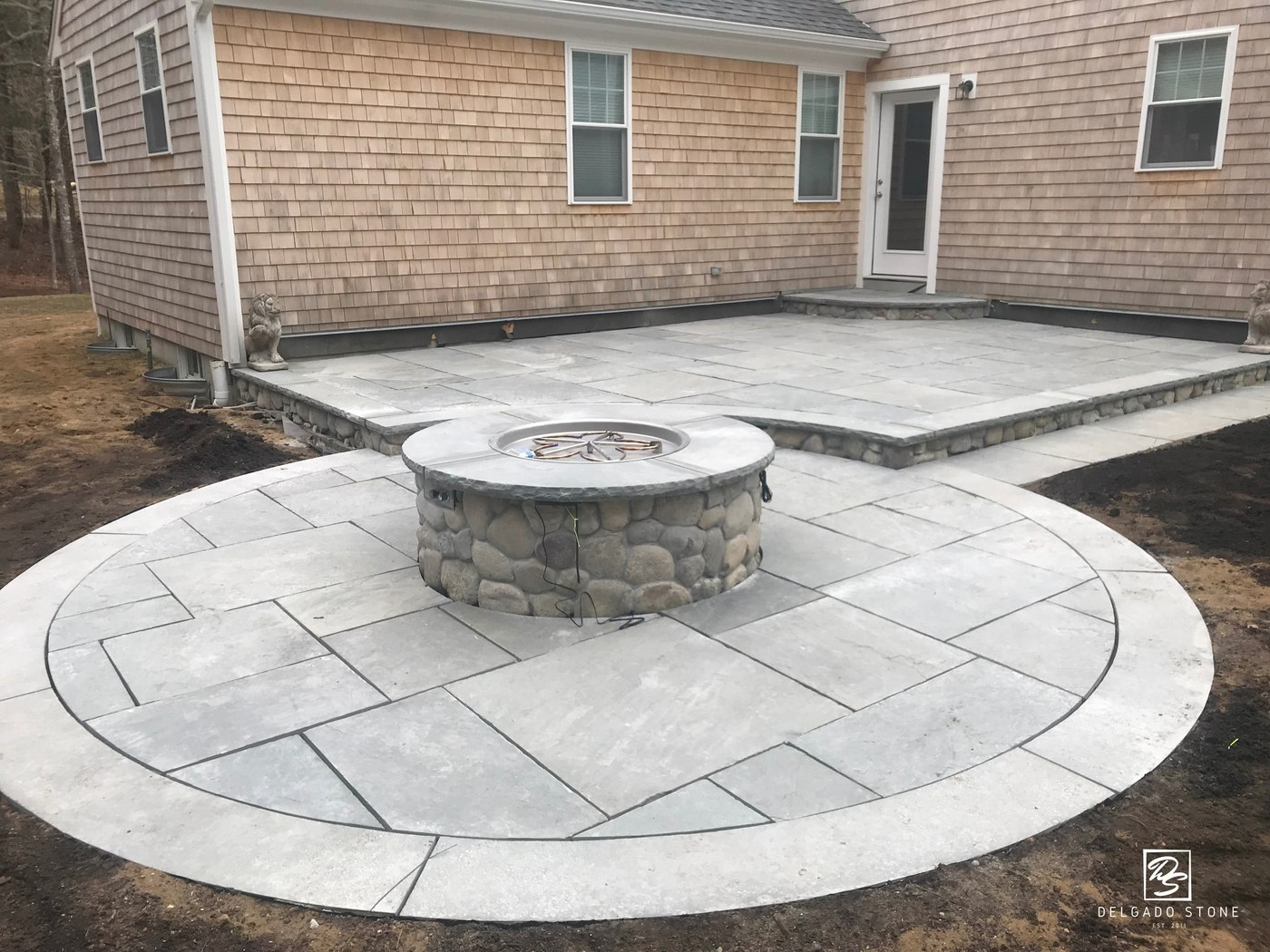Natural Stone Rounds Fire pit