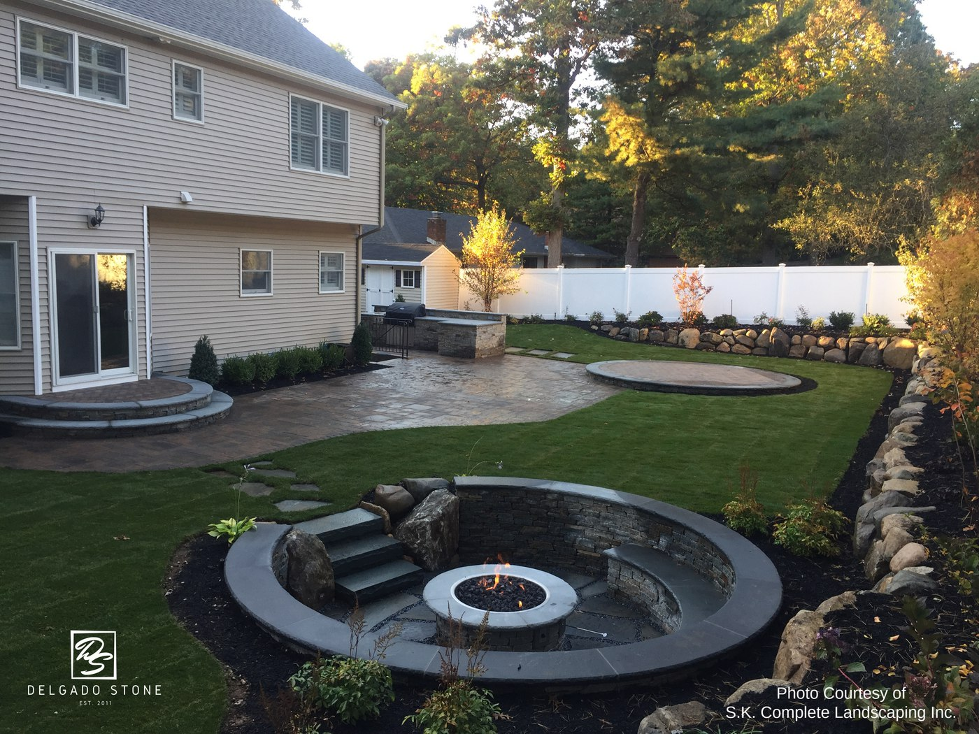 Spruce Mountain Ledge fire pit, risers and outdoor kitchen