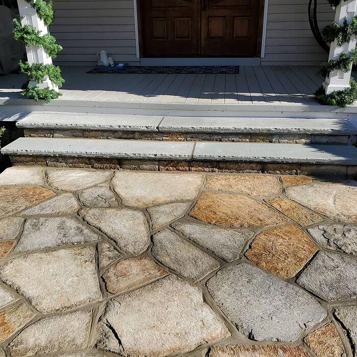 Sterling Tan and Colonial Tan Flagstone
